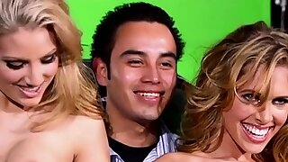 Hot blondies..