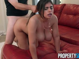 PropertySex Horny wifey with yam-sized..